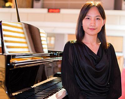 Esther Cho